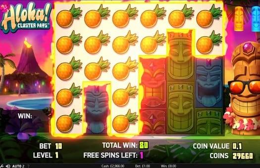 Комбинация символов в игровом автомате Aloha Cluster Pays